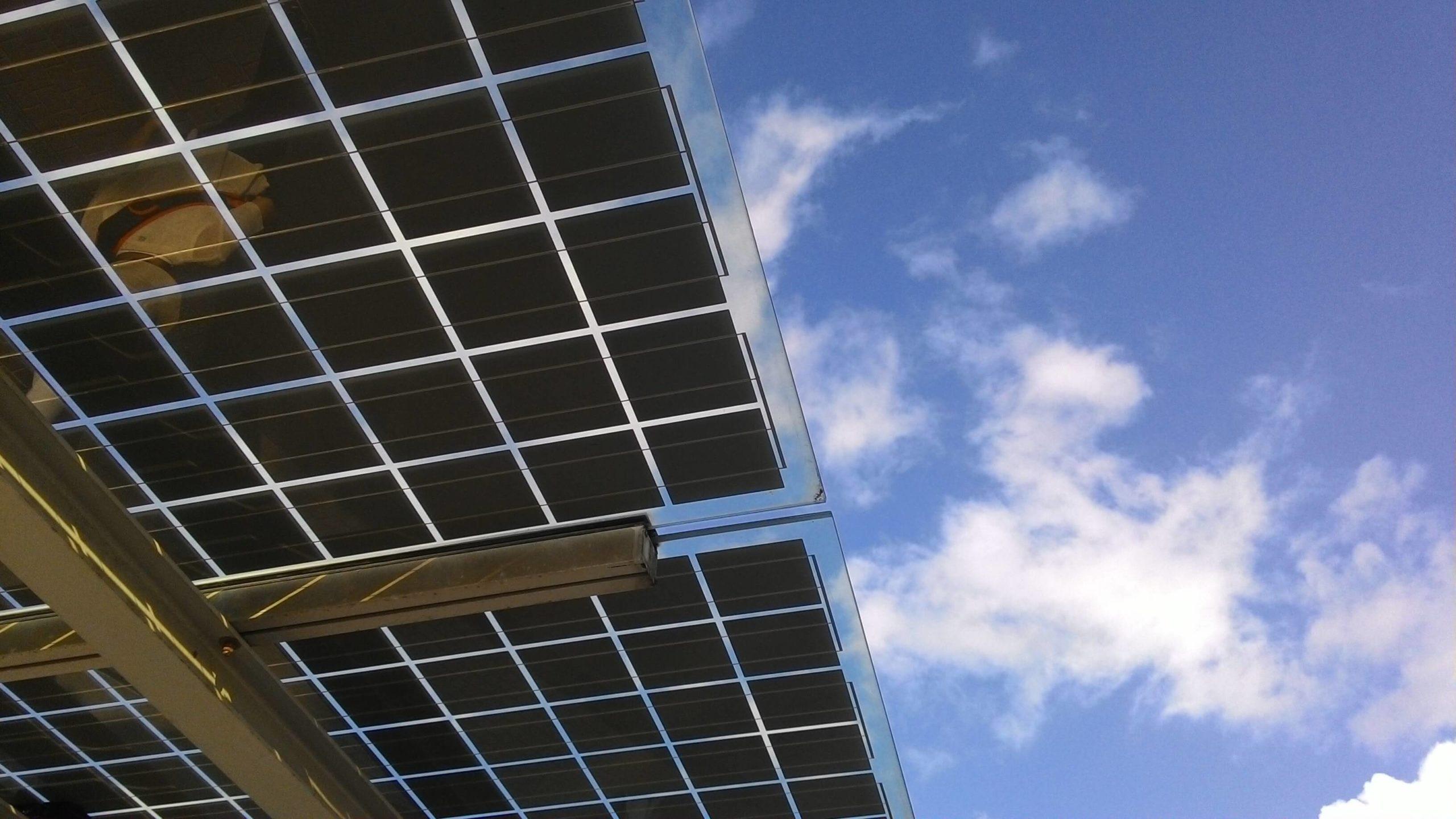 Solceller på taket – ikke vær for grønn!