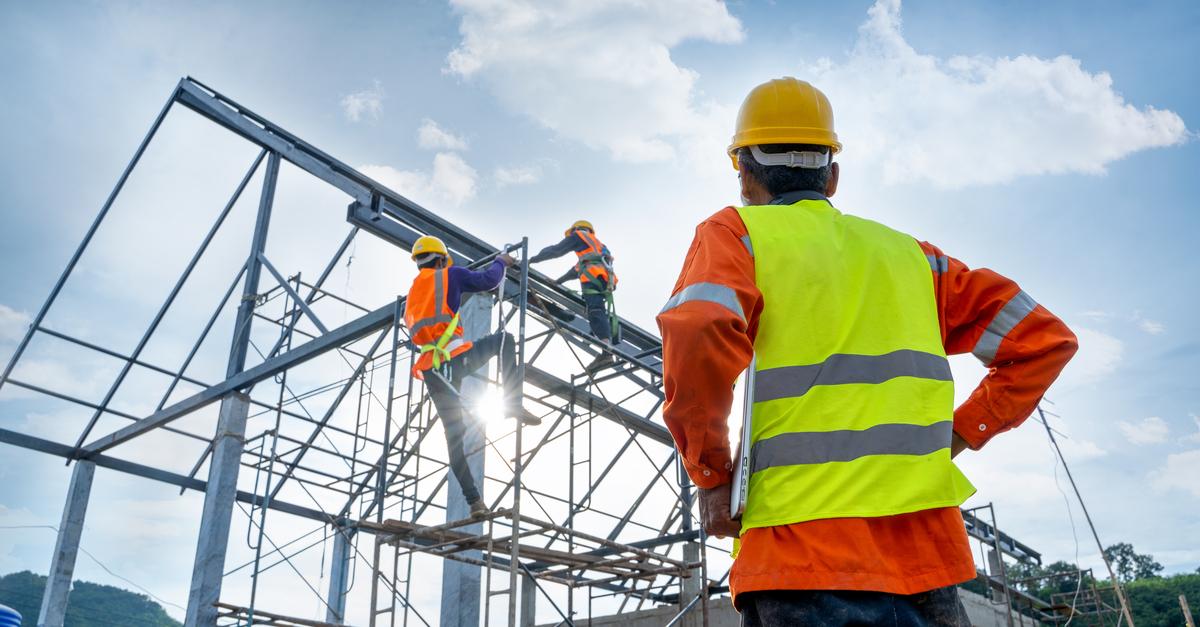 Sluttoppgjør i entreprisekontrakter – særlig om byggherrens innsigelser til sluttoppstillingen.